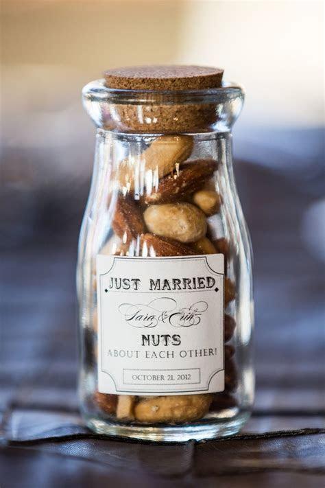 Best 25  Wedding favors ideas on Pinterest   Wedding guest