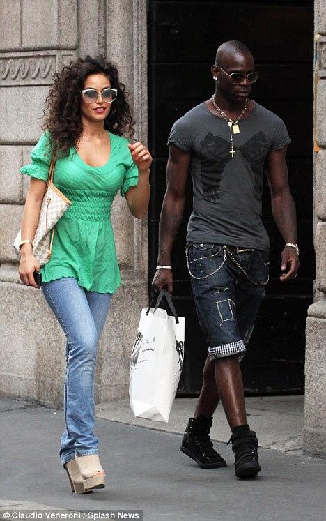 Mario Balotelli takes back pregnant ex-girlfriend ...