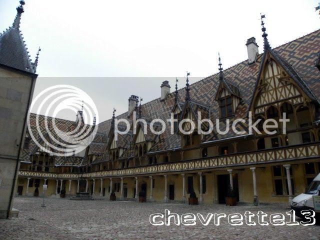 http://i1252.photobucket.com/albums/hh578/chevrette13/FRANCE/DSCN8114640x480_zpsa922ebe0.jpg
