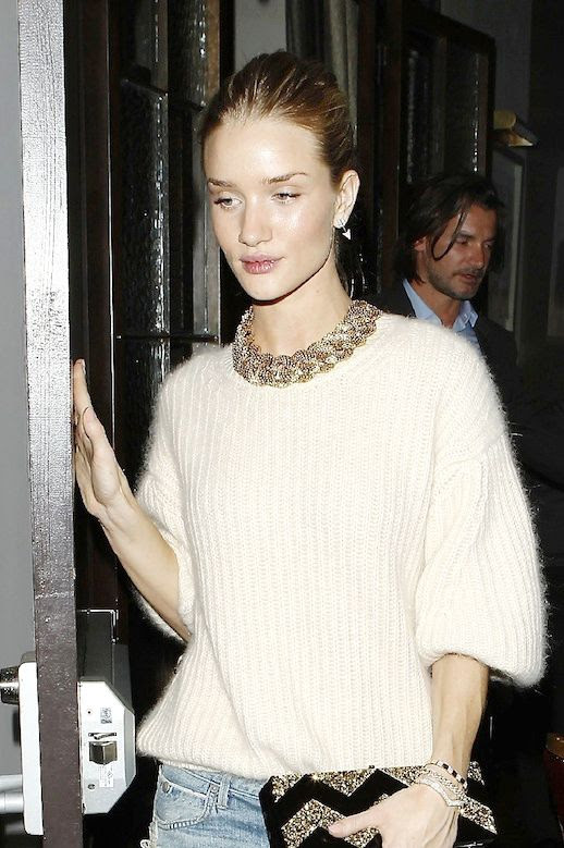 LE FASHION BLOG ROSIE HUNTINGTON-WHITELEY RELAXED DISTRESSED JEANS LONG PONYTAIL HAIR ARROW EARRINGS ROLLED UP SLEEVES MOHAIR RIBBED SWEATER KNIT STACKED DIAMOND BRACELETS CITIZENS OF HUMANITY THE FRANKIE DENIM EDIE PARKER FLAVIA GLITTER WAVE BOX CLUTCH NAVY SUEDE PUMPS HEELS LOS ANGELES DINNER WITH BOYFRIEND JASON STATHAM 1 photo LEFASHIONBLOGROSIEHUNTINGTON-WHITELEYRELAXEDDISTRESSEDJEANS1.jpg