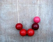 Bright Handmade round beads Necklace - JullMade