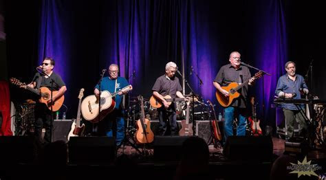 Los Lobos Bring a Rebellious Howl to the Stanley Hotel
