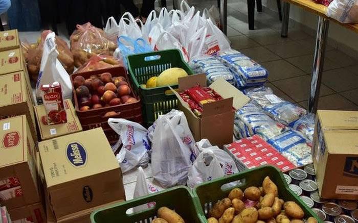 Άρτα: Διανομή προϊόντων από το Κοινωνικό Παντοπωλείο Δήμου Αρταίων
