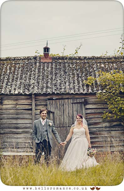 Bride & Groom holding hands at Barrandov Opera Barn - www.helloromance.co.uk