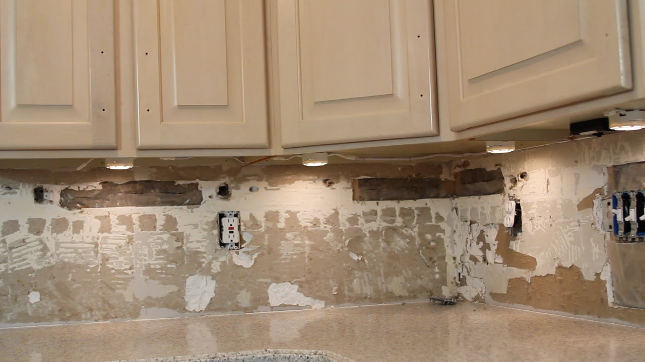 HOW TO INSTALL UNDER CABINET LIGHTING (video) - Stagg Design