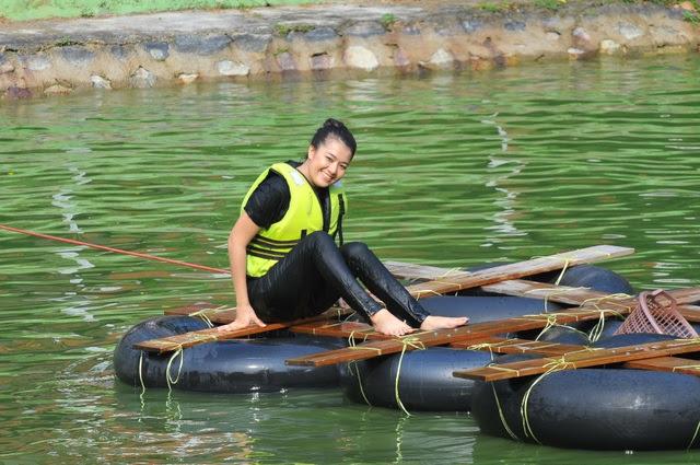 Sheera Iskandar semasa melakukan aktiviti fizikal Liga Lawak Superstar