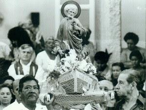 Devoção ao santo atravessa gerações, em Vitória (Foto: Chico Guedes/ A Gazeta/ 27/06/1994)