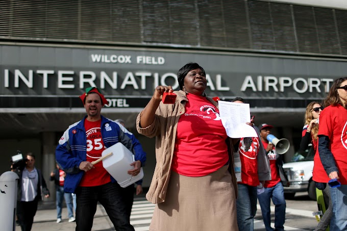 Airline catering workers planning protests at major US airports Thanksgiving week