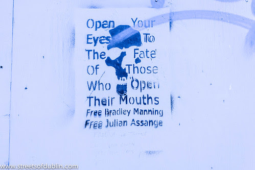 Open Your Eyes To The Fate Of Those Who Open Their Mouths by infomatique