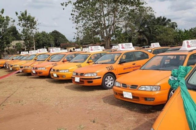Governor Orji Freely Gave Out 30 Cars To Abia Youths, Donates Bus To NANS Zone (Photos)