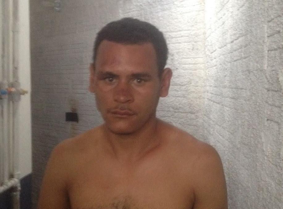 ladrão é capturado por populares e pede socorro à polícia
