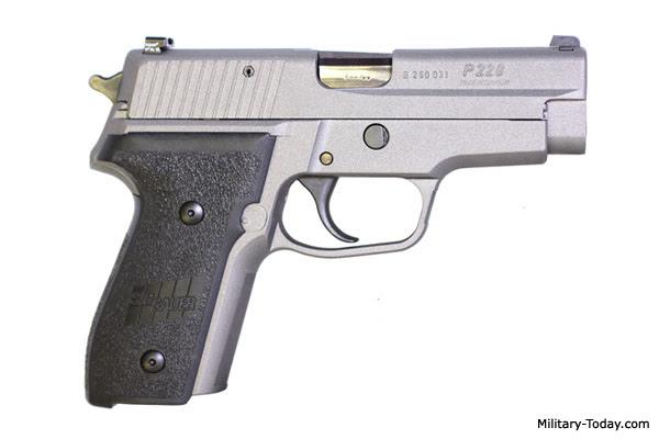 Resultado de imagen para SIG-Sauer P228