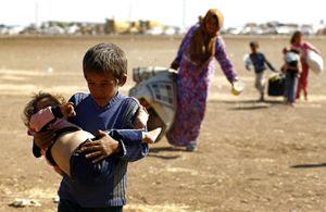 Risultati immagini per immagini fuga dall'iran