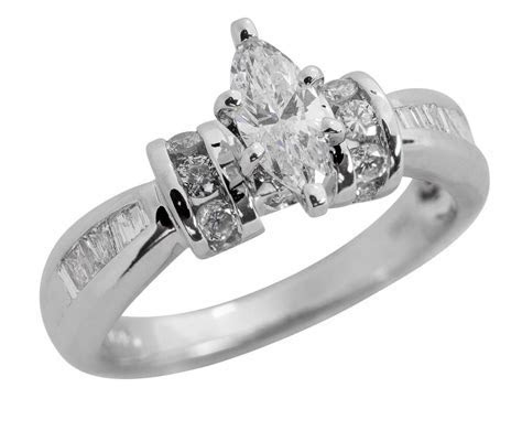 SOLID 14K GOLD 1.05 CARAT MARQUISE DIAMOND ENGAGEMENT RING