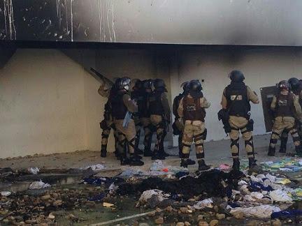 Internos incendiaram as celas do conjunto penal