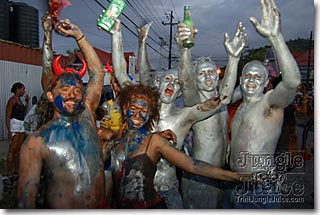 Trinidad-Carnival-Jouvert-Silver-Devils