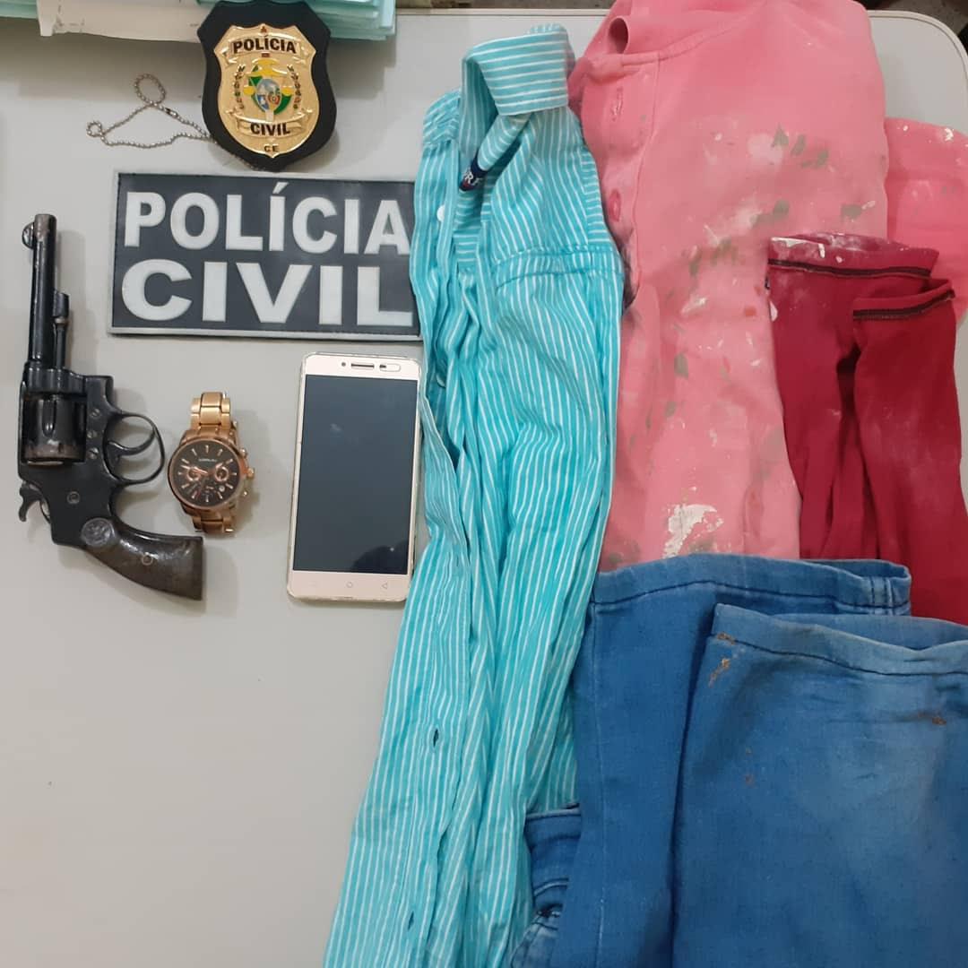 Produtos apreendidos com os menores infratores durante a ação policial. Foto Redes so ciais