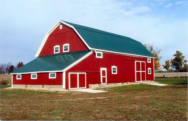 The Joslyn Round Barn A Barn For All Seasons