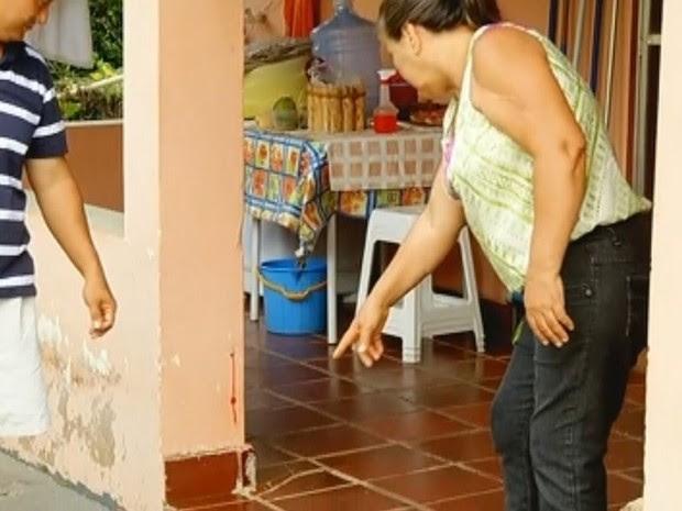 Rachaduras teriam aparecido depois de tremor (Foto: Reprodução / TV TEM)