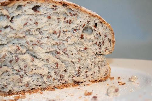 Pane al grano saraceno e semi di lino