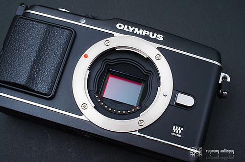 Olympus_EP3_exterior_03