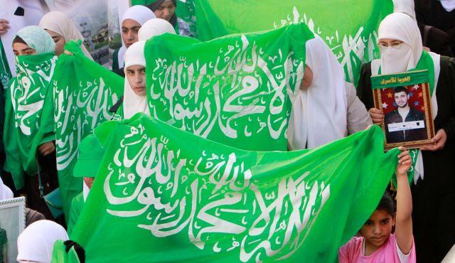Τρελές δημοσκοπήσεις στα παλαιστινιακά εδάφη εξηγούν…