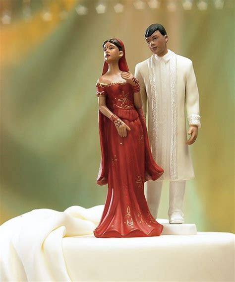 Quirky Wedding Cake Toppers   Cakes, Favours & Guest Books