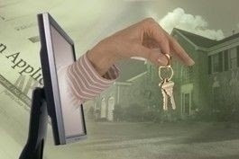 online_real_estate_hand_keys