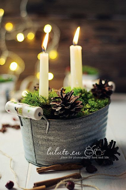 {Decor} Mini, zinc tub, hand-picked moss, pinecones and simple, white candles.