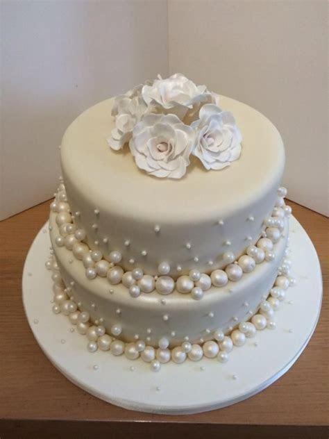 pearl anniversary cake    30th Wedding Anniversary in 2019