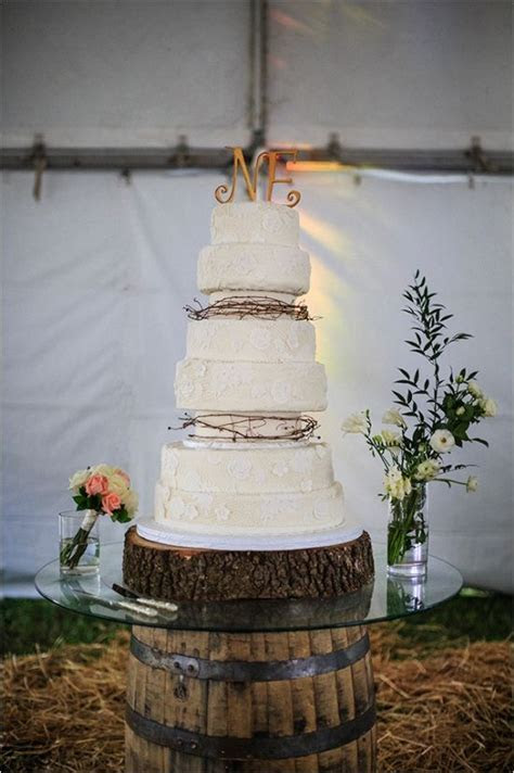 Country Chic Wedding in Australia   Cakes & Dessert Tables