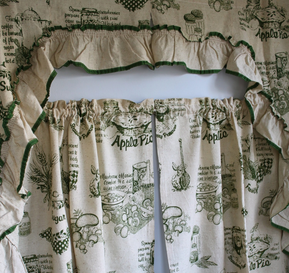 vintage 1960s APPLE PIE kitchen curtains