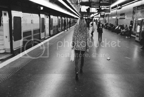 LE LOVE BLOG LOVE STORY LOVE QUOTE LOVE PHOTO VALENTINE FILLOL CORDIER LEOPARD COAT SKINNY JEANS TRAIN I AM HOPING FOR AN US