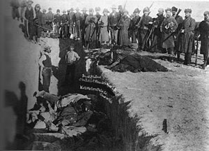 http://upload.wikimedia.org/wikipedia/commons/thumb/a/a9/Woundedknee1891.jpg/300px-Woundedknee1891.jpg