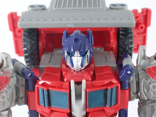Optimus Prime Movie Voyager - modo robot