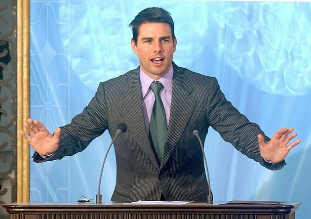 Sztárok, akik az egyház tagjai: Tom Cruise, John Travolta, Juliette Lewis, Kirstie Alley