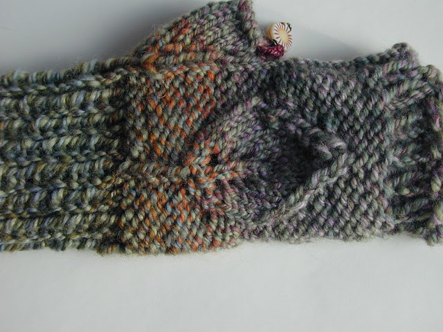 Easter Grass Fingerless Mitts