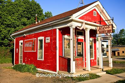 Mike's Barber Shop, Kalamazoo County, Michigan