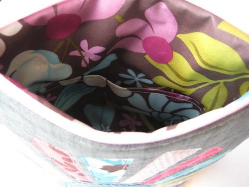 Poppy pouch interior