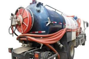 Caminhão de Hidrojateamento