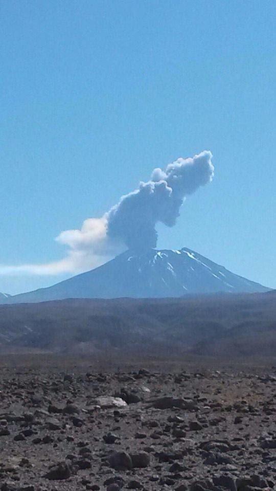 lascar éruption du volcan octobre 2015, volcan Lascar éruption octobre 2015 photos, volcan Lascar éruption octobre 2015 vidéo, l'éruption du volcan Lascar 30 octobre 2015