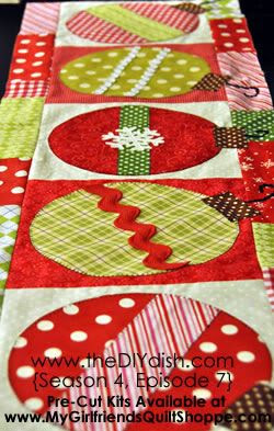 Learn how to make a cheerful and bright Christmas table-runner and a pillow with this video tutorial.
