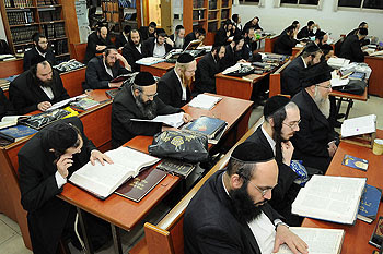 limud Torah at Midnight
