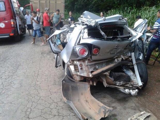 Acidente aconteceu na BR-153 entre Alvorada e Figueirópolis (Foto: Divulgação/Corpo de Bombeiros)
