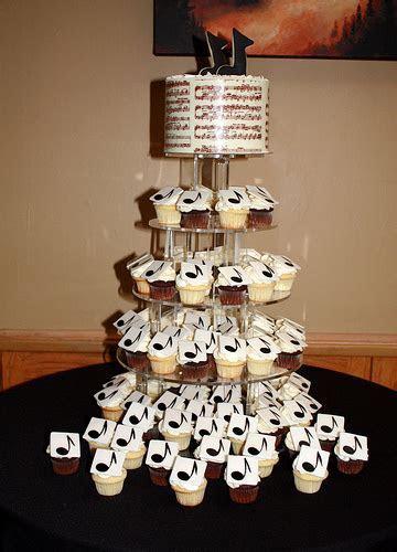Music Notes Cupcake Cake   Home