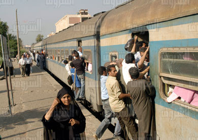 http://www.shorouknews.com/uploadedimages/Sections/Egypt/Eg-Politics/original/trainskl.jpg