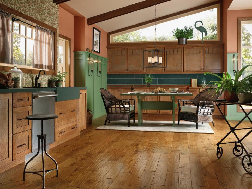 Hardwood Kitchen Floors | HGTV