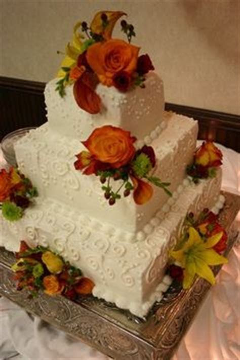 1000  images about Fall themed wedding cakes on Pinterest