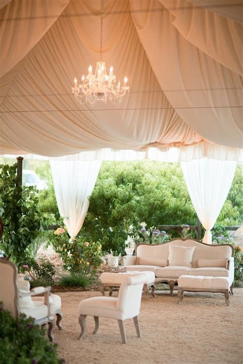 20 Fabulous Wedding Reception Lounge Ideas   MODwedding