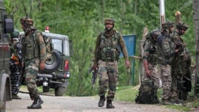 Jammu Kashmir Encounter: पूछताछ के लिए 3 लोग हिरासत में लिए गए, तलाश अभियान जारी